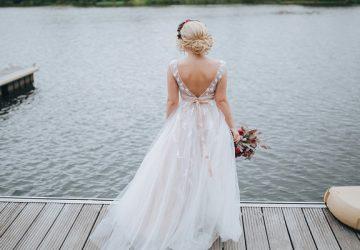 Look perfecto de la novia para una boda en la playa
