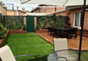El jardín ideal, un complemento perfecto para tu casa usando césped artificial