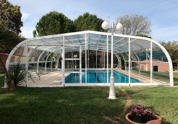 Los cerramientos de piscinas permiten disfrutar de grandes ventajas