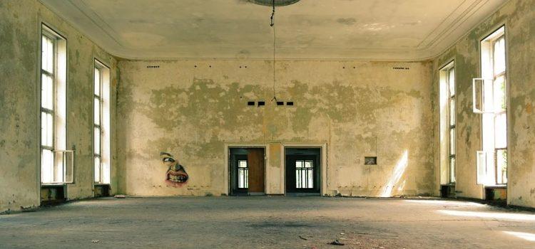 Prevención de grietas entre paredes de ladrillo nuevas y antiguas