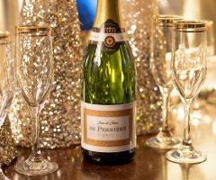 ¿Cómo elegir el vino perfecto para una boda pequeña?
